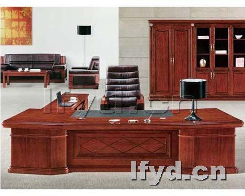 天津办公家具提供生产高档老板台厂家