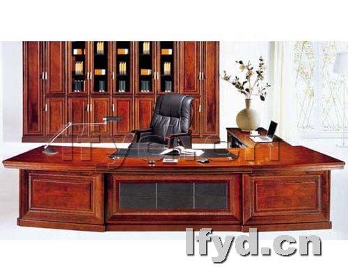 天津办公家具提供生产简洁时尚老板台效果图厂家