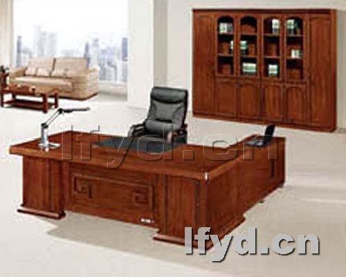 天津办公家具提供生产时尚老板台样品厂家