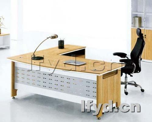 天津办公家具提供生产时尚中班台样品厂家